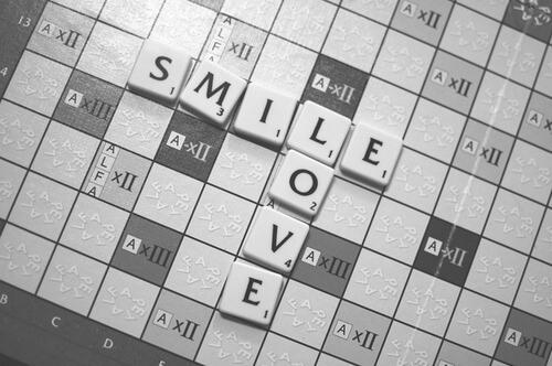 scrabble-smile-love