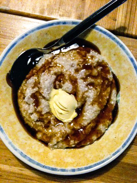 Gruttenbrij met boter en stroop