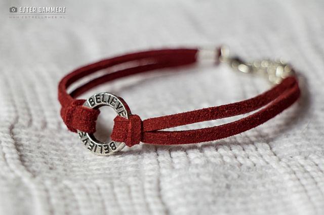 armband-rood-believe