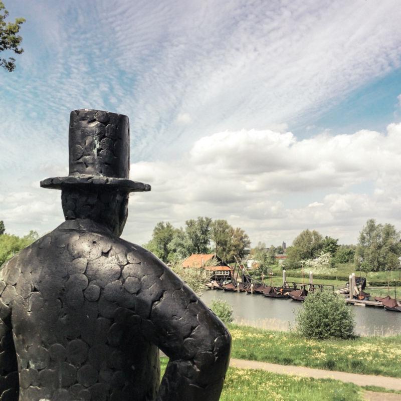 Standbeeld in Woudrichem