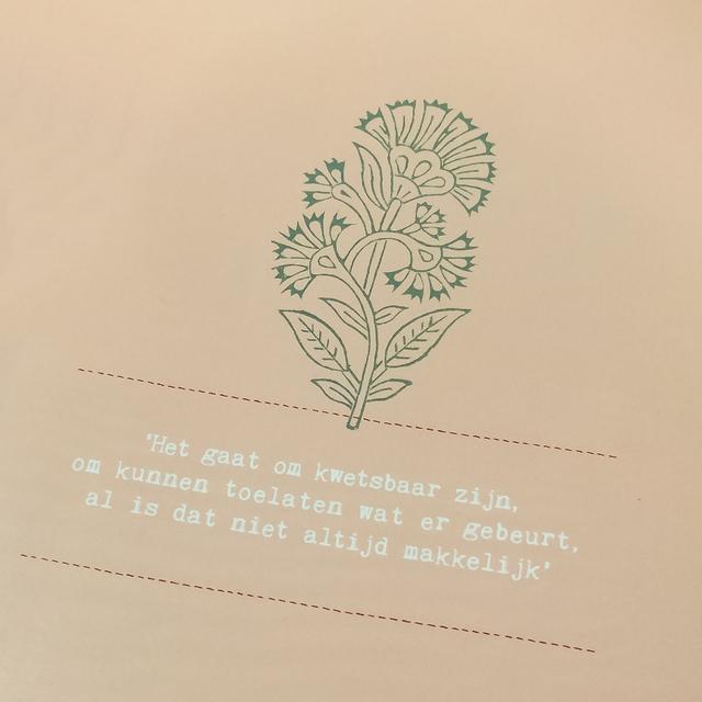 150518-quote-happinez