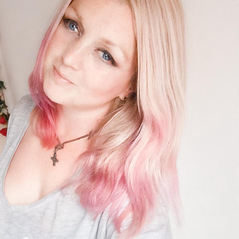Selfie met gekleurd haar