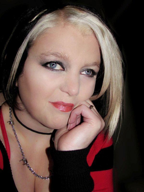 Red lipstick (8-1-2011)