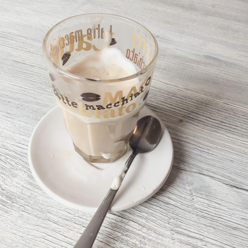 Latte macchiato bij IJssalon Baks
