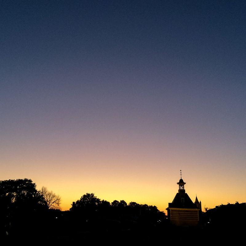 Dalempoort bij zonsondergang