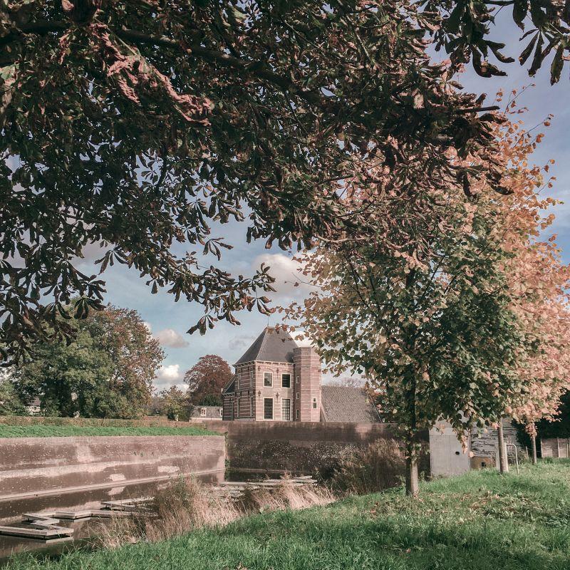 Duveltjesgracht en Oude Tolhuis