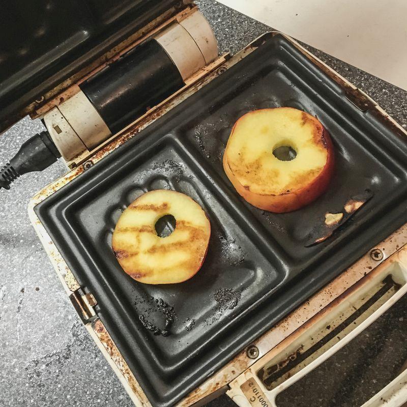 Appels grillen