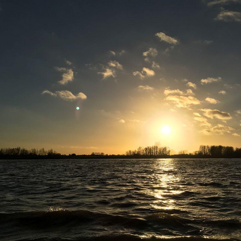 Bijna-zonsondergang
