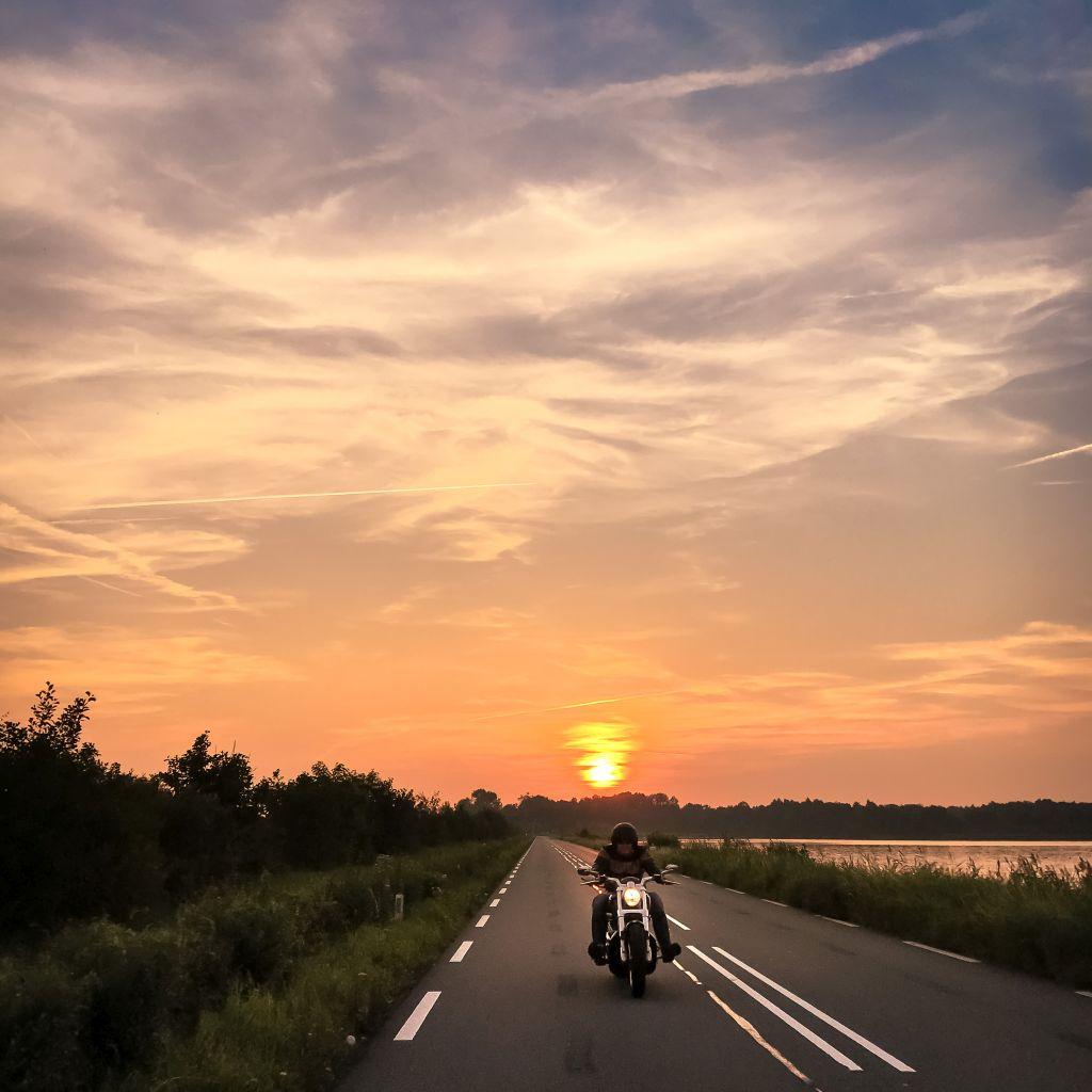 Motorrijder bij Vinkenveen