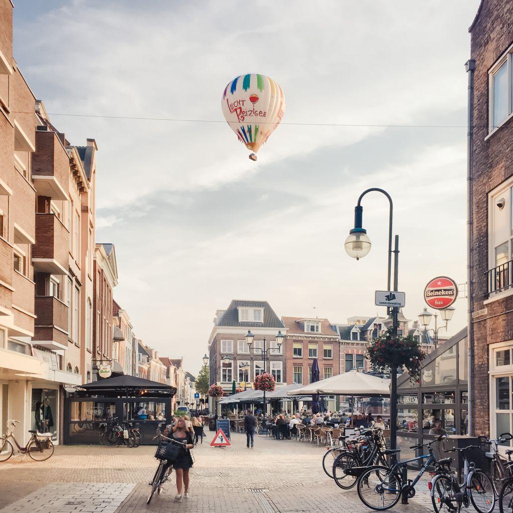 Ballon boven de Grote Markt