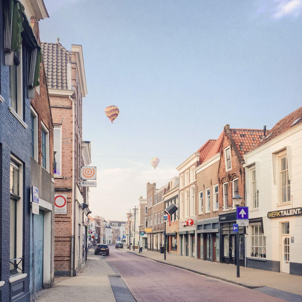 Ballon boven de Krijtstraat