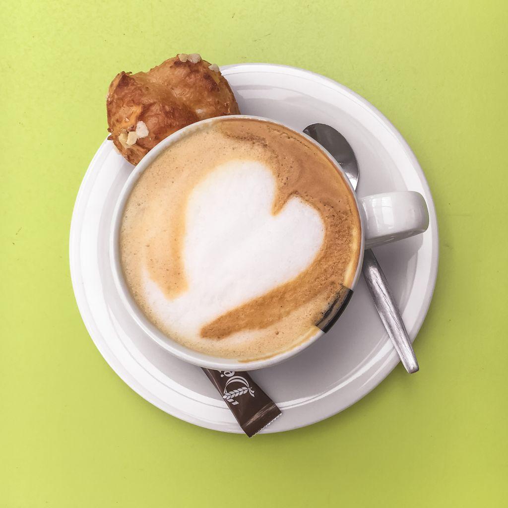 Cappuccino met een hartje