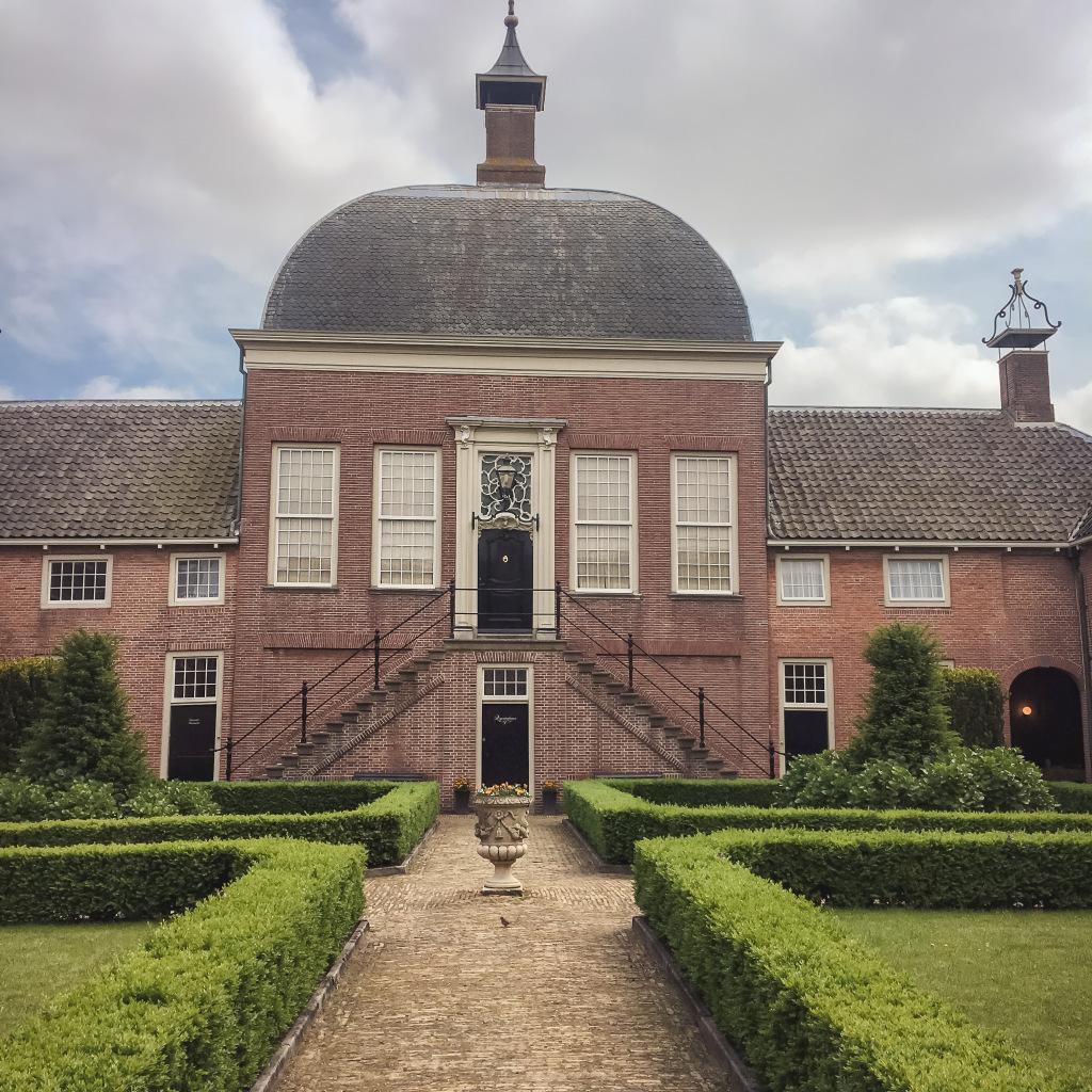 Hofje van Aerden, Leerdam