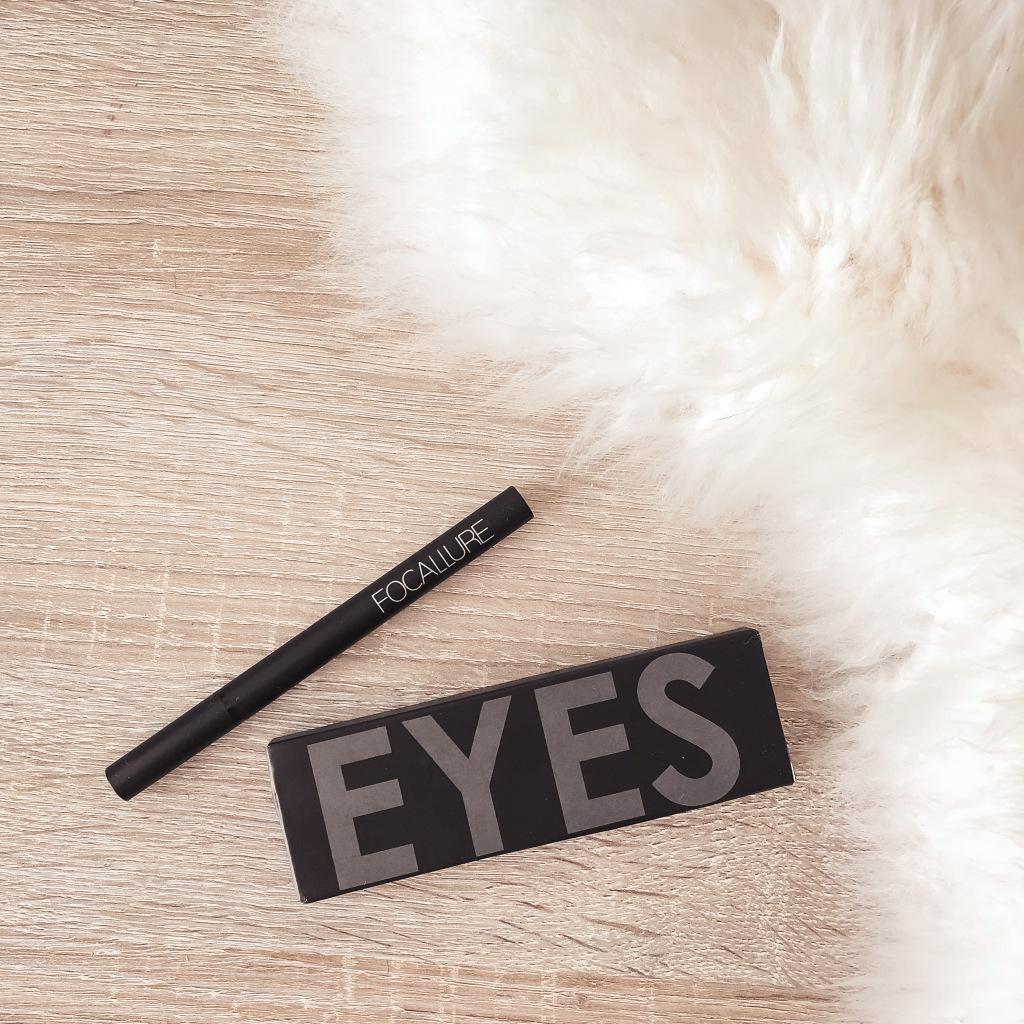 Eyeliner van AliExpress