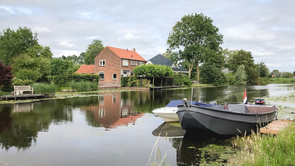 Bootje in Bleskensgraaf