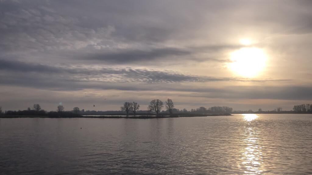 Mooi zonnetje boven de Merwede