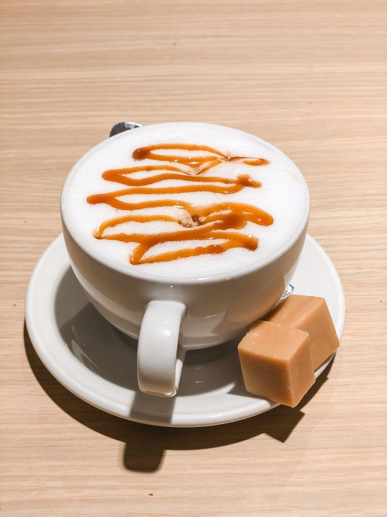 Caramelcappuccino van HEMA
