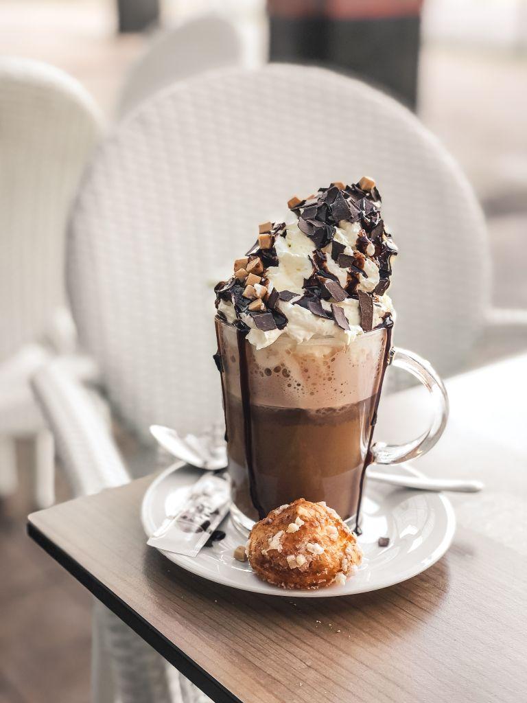 Verwenkoffie met chocolade