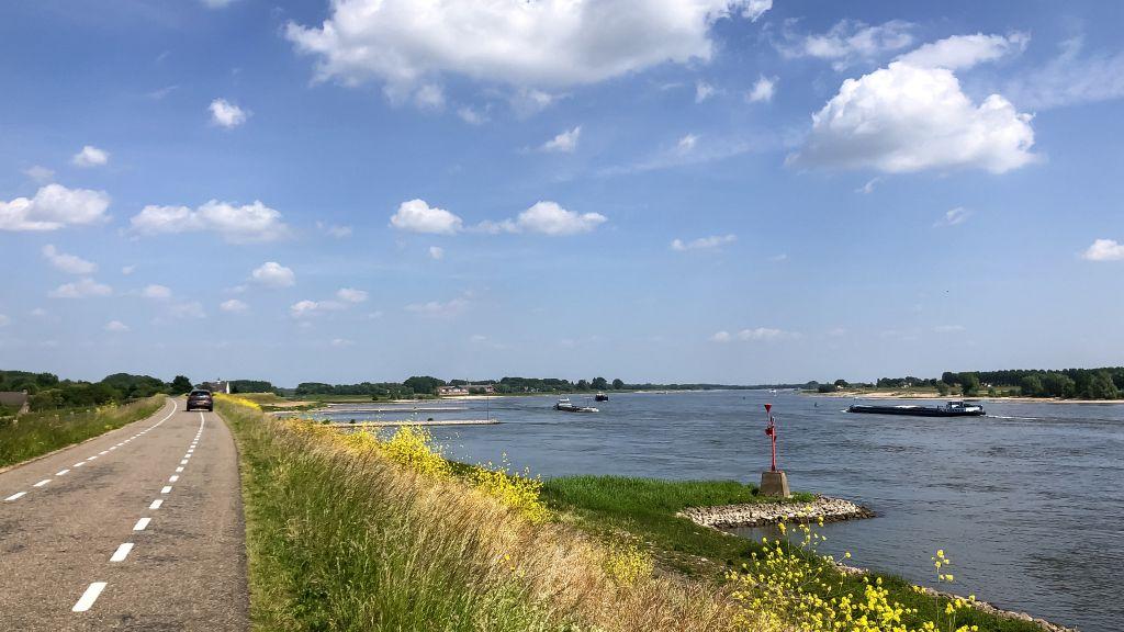Uitzicht vanaf de dijk