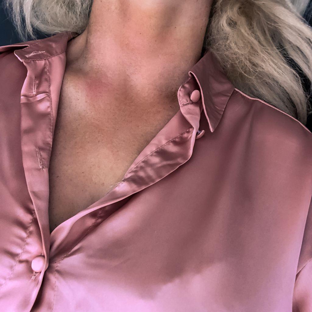 Met een nieuwe blouse
