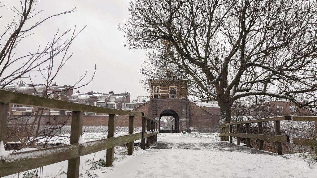 Dalempoort in de sneeuw