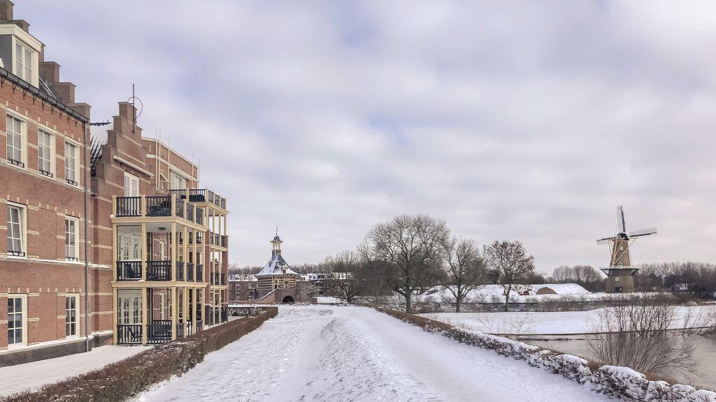 7e Bastion in de sneeuw