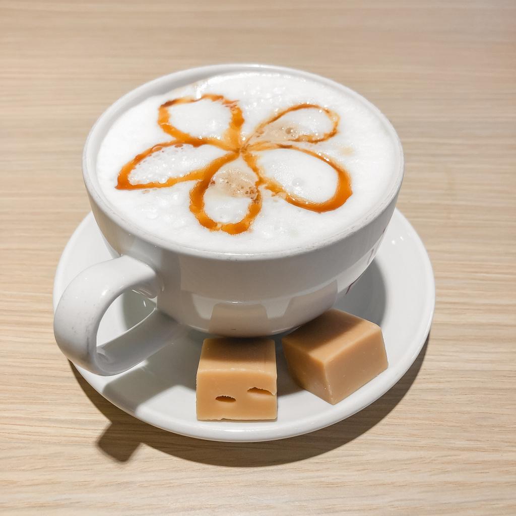 Eerste caramel-cappuccino sinds maanden