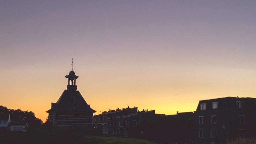 Dalempoort in silhouet, Gorinchem