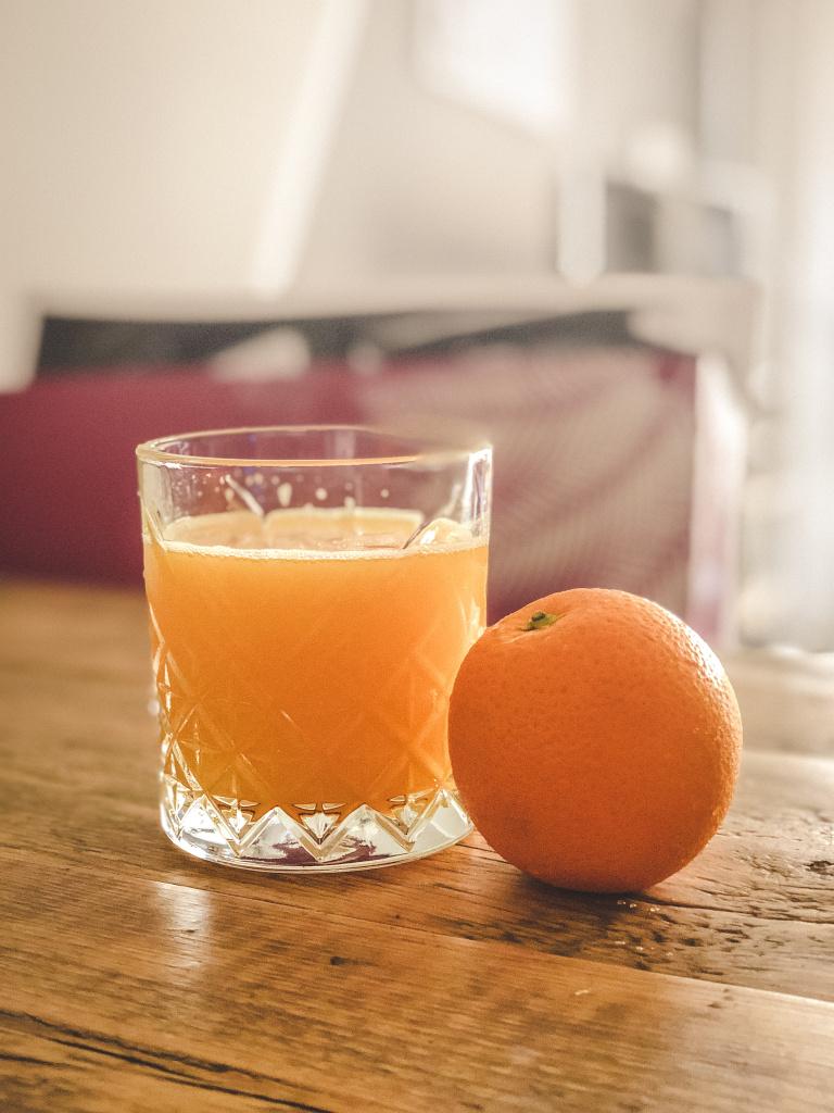 Versgeperst sinaasappelsap